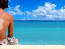 Rottura di sorgente alla spiaggia tropicale Fotografia Stock Libera da Diritti