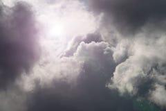 Rottura nelle nubi immagini stock