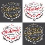 Rotulação caligráfica para o Feliz Natal e ano novo feliz com efeito dourado do brilho no fundo escuro Imagem de Stock