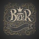 Rotulação da cerveja escrita à mão no quadro Foto de Stock Royalty Free