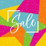 Rotulação da venda no quadro no fundo brilhante em cores amarelas, cor-de-rosa, azuis, alaranjadas e verdes Caligrafia da mão do  Imagens de Stock Royalty Free