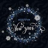 Rotulação escura do fundo dos flocos de neve do ano novo feliz Imagens de Stock Royalty Free