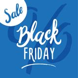 Rotulação feito a mão da venda de Black Friday, caligrafia no fundo azul para o logotipo, bandeiras, etiquetas, cópias, cartazes  Fotografia de Stock Royalty Free