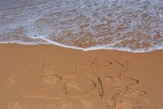 Rotulação 2017 feliz na praia Fotografia de Stock Royalty Free