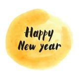 Rotulação moderna do ano novo feliz no respingo dourado da aquarela para trás Imagens de Stock
