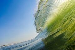 Rotura de la onda Fotografía de archivo libre de regalías