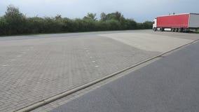 Rotura de las paradas de camiones en el estacionamiento Fotografía de archivo libre de regalías
