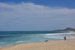 Rotura Los Cabos México de la resaca de Azul de la costa Imagen de archivo libre de regalías