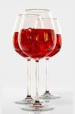 Rotwein in einem Glas Stockbild