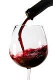Rotwein gegossen Stockfotos
