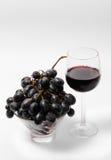 Rotwein und Trauben Lizenzfreies Stockbild
