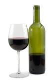 Rotweinflasche und Wein glas Stockbild