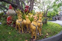 Rotwildmarionette im Park Lizenzfreies Stockfoto