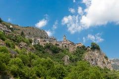 Roubion, village en pierre dans les Frances Photographie stock libre de droits