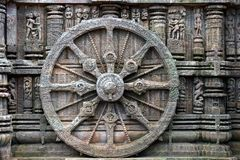 Roue antique de char, temple de Konark Sun, Orissa photographie stock