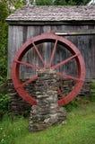 Roue d'eau de moulin de blé à moudre Image libre de droits