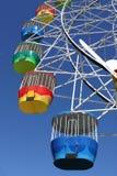 Roue de Ferris de parc d'attractions image stock