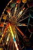 Roue de Ferris la nuit images libres de droits