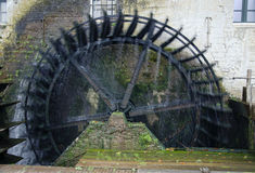 Roue de moulin à eau historique Images stock
