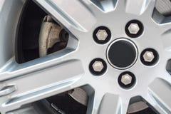 Roue de voiture argentée Images libres de droits