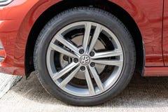 Roue de Volkswagen Golf Sportvan 2018 photographie stock libre de droits