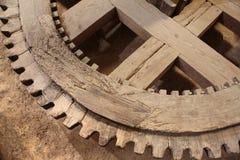 roue dentée en bois Image stock