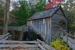 Roue hydraulique et moulin de crique de Cades Image libre de droits