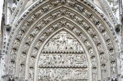Rouen - domkyrkayttersida royaltyfria bilder