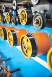 Roues d'entraînement et rouleaux auxiliaires d'une éolienne automatique Image stock