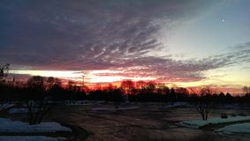 Rouge, blanc et bleu pendant le matin Photos stock