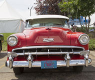 1954 rouge Chevy Bel Air Front View Photo stock