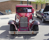 1933 rouge Chevy Pickup Truck Front View Photographie stock libre de droits