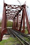 Rouge de pont de chemin de fer Photos stock