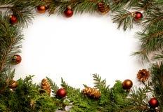 Rouge et trame de feuillage de Noël d'or Photo stock