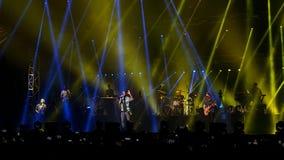 Rouge foncé 5 de concert, Bucarest, Roumanie Photos libres de droits