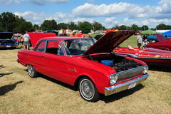 Rouge Ford Falcon Antique Automobile 1960 images libres de droits
