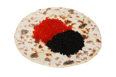 rouge noir de flatbread de caviar Photo stock