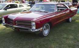 Rouge Pontiac 1966 Photo stock