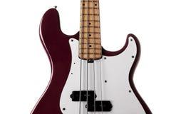 rouge proche de guitare de basse vers le haut Images stock