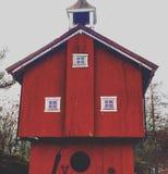 Rouge rouge de ferme de maison Photo stock