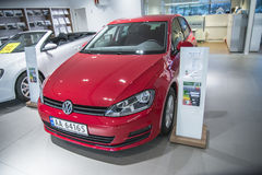 Rouge, VW Golf Trendline 85 TSI Images libres de droits