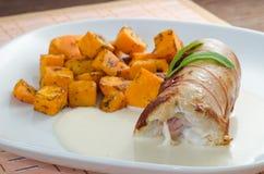 Roulade da galinha com abóbora cozida Imagens de Stock