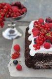 Roulade do chocolate com creme imagem de stock royalty free