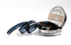 Rouleau de vintage de film dans une boîte en métal Photo libre de droits