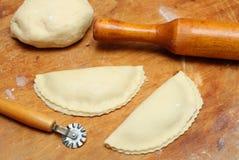 Roulement-broche avec le pâté et la pâtisserie photos libres de droits