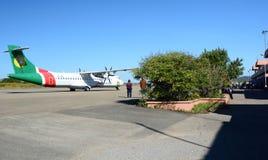 Roulement sur le sol plat de voies aériennes de Yangon sur la piste Aéroport de Heho Banlieue noire de Kalaw Secteur de Taunggyi  Photo stock