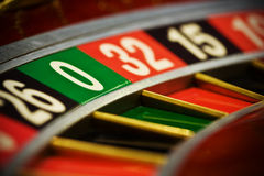 Roulette dans le casino Photo stock