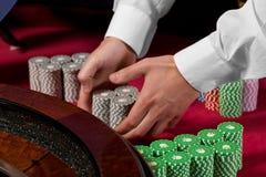 Roulette e chip Fotografia Stock