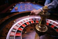 Roulette het gokken lijst in casino Royalty-vrije Stock Afbeelding