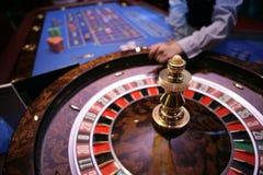 Roulette het gokken lijst in casino Stock Afbeelding
